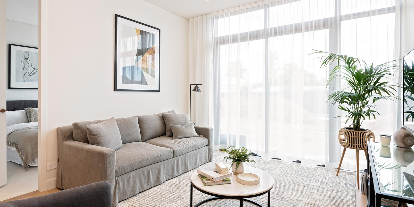 Life Care Gaynes Park Suites - assisted living apartment living room